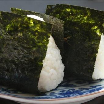 Omusubi(鹽,bon魚,明太子,鹽)