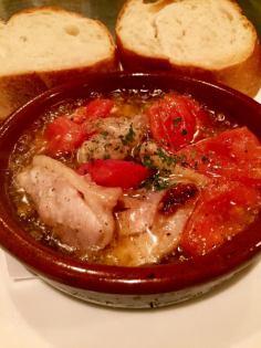 鶏肉とトマトのアヒージョ