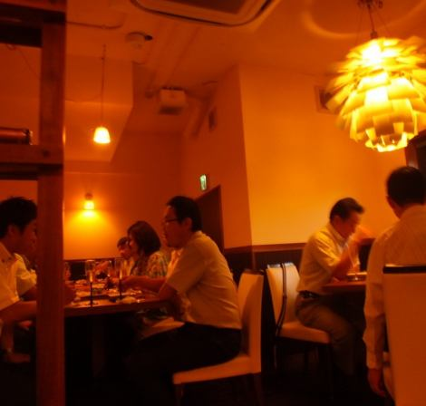 Even though all the seats are filled, the atmosphere that is comfortable for some reason is certainly a relaxing bar.The secondary association in a hideout atmosphere is also ◎ (Ahijo × Sannomiya)