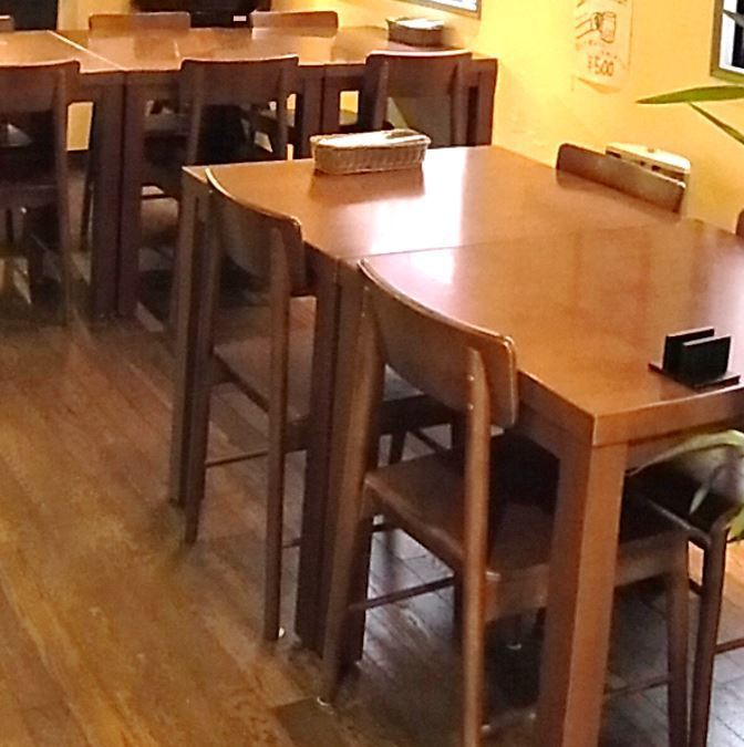 4 명하는 도중 테이블 석