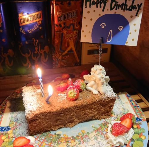 お誕生日ケーキは手作り☆