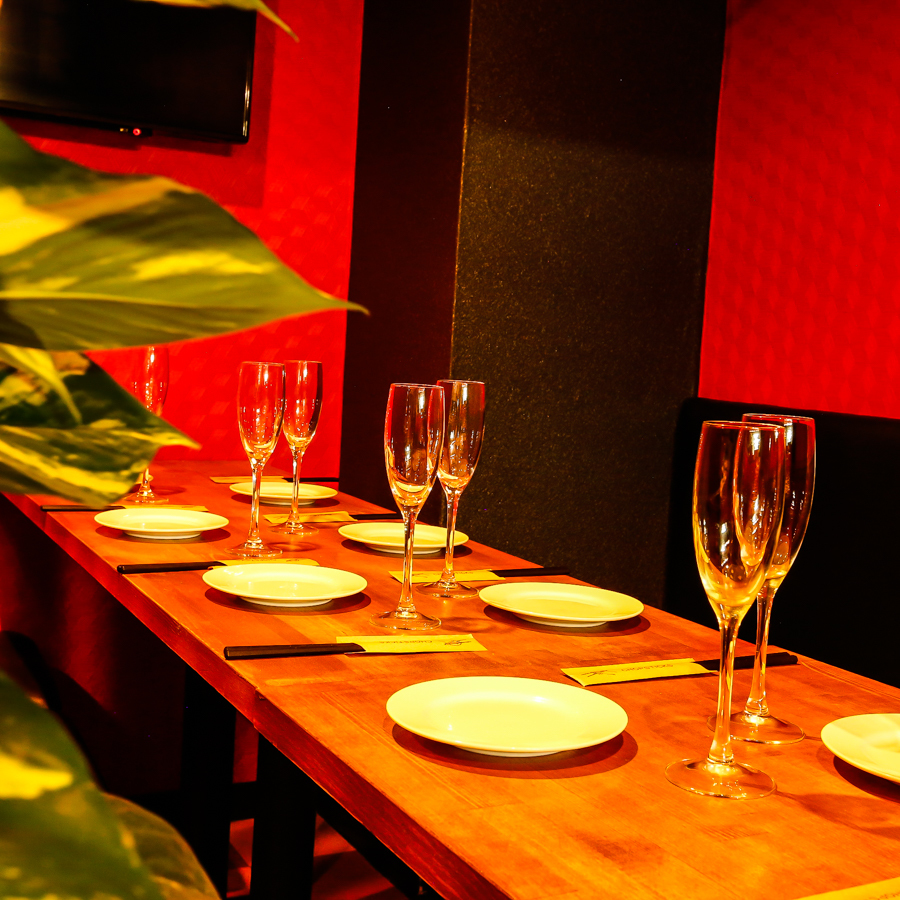 Private room seats for small groups are perfect for drinking party and girls' societies with familiar fellows ♪ You can spend the night alone without worrying about you! Prepare individual rooms and seats that are perfect for parties · gangbangs We are.