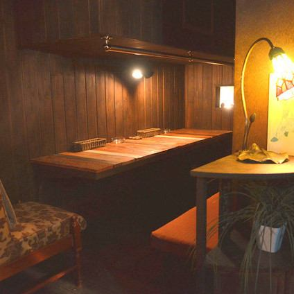 【JR / 6-minute walk from Shibuya Subway Station】 Inside the attic store where the attic is a concept, there are also exciting semi-private rooms and table seats like a hiding place.Please forget the hustle and bustle of Shibuya, please relax.
