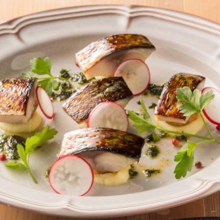 ●〆鯖の炙りとポテトのロースト ~ハーブの焦がしバターソース~