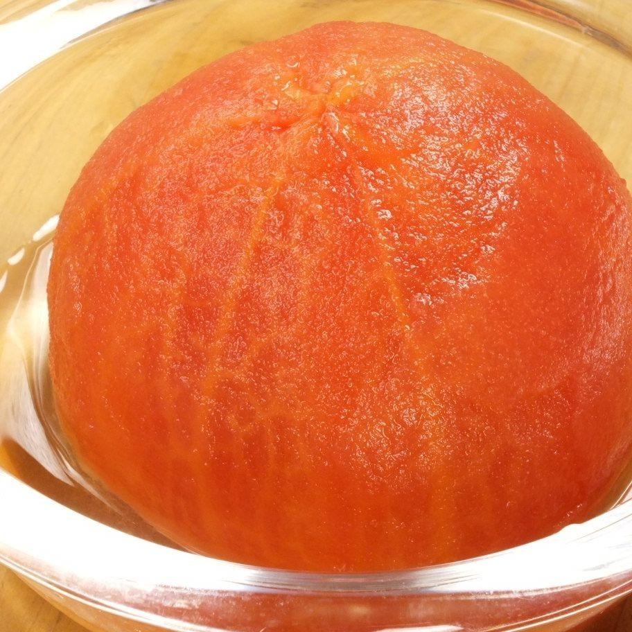 一個桃子番茄