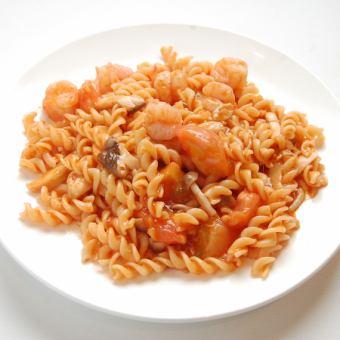 トマト海老焼きイタリア麺