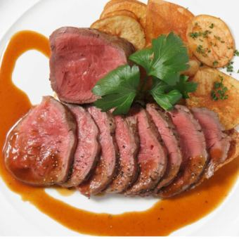 Barley cow thick-cut roast beef ♪ 【Premium Banquet】 (8 items in total) 3h with all you can drink 4500 yen (excluding tax)