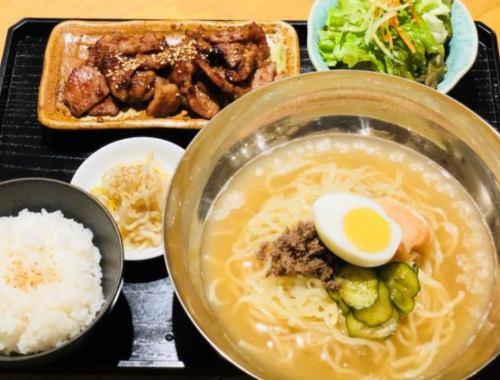 [Exceptional service lunch!] Cold noodle BBQ set