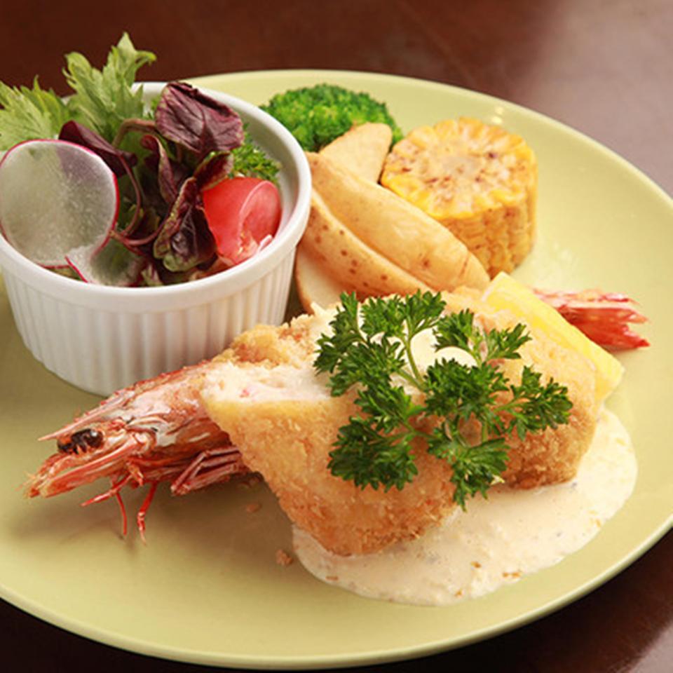 Jumbo shrimp & homemade crab cream croquette (with salad)