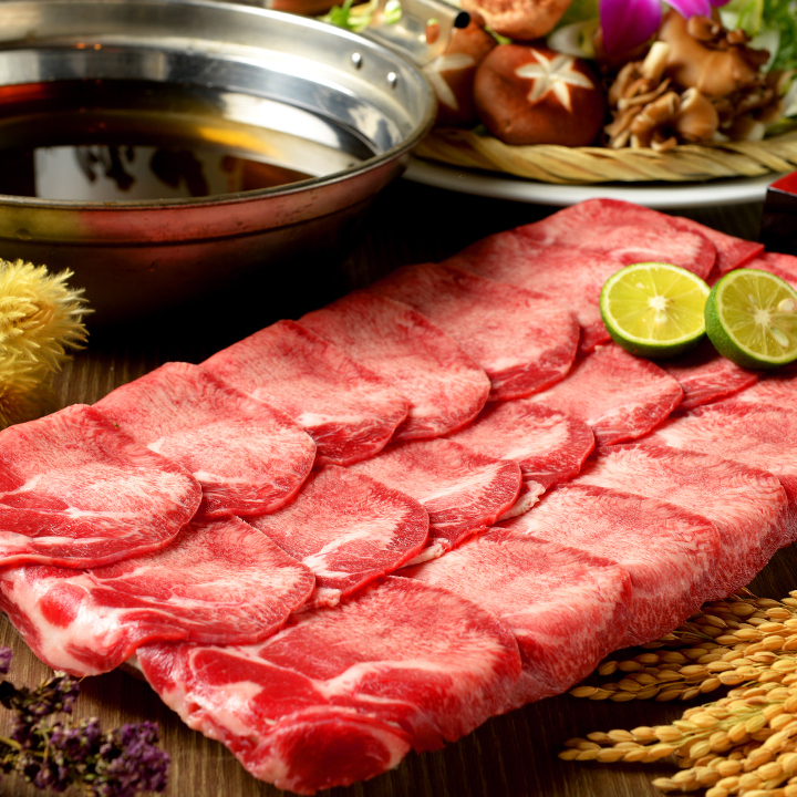 Beef tongue shabu-shabu pot (1 serving) ※ We will receive from 2 people.