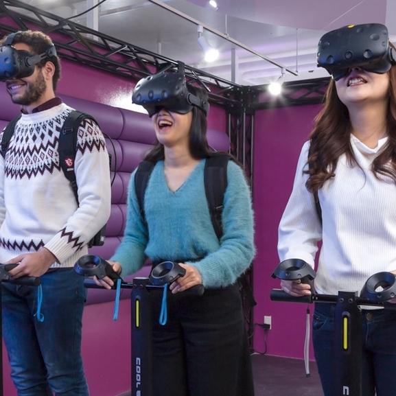 첨단 VR 게임!