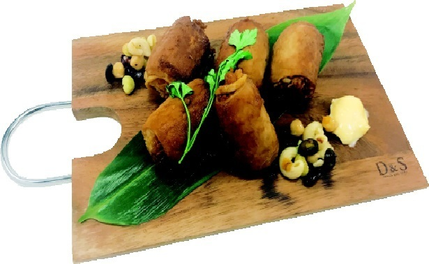Moggmog meat curd onigiri