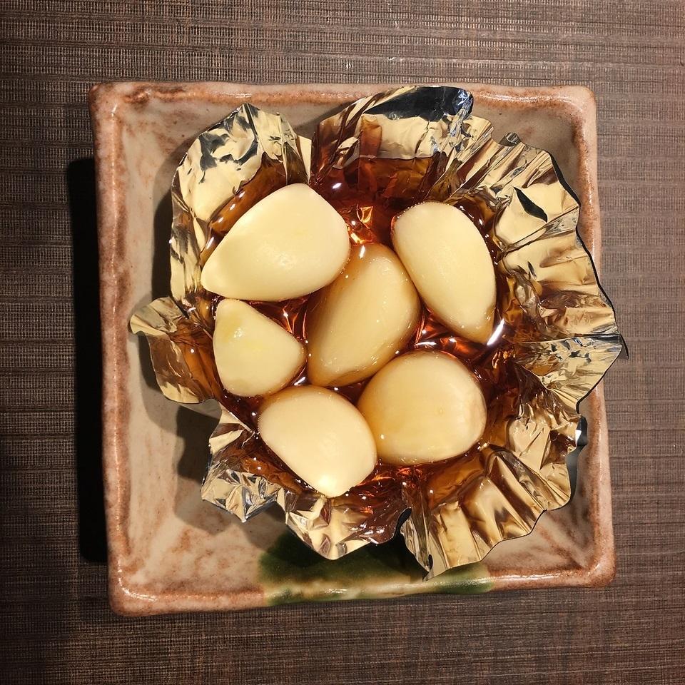Grilled garlic foil
