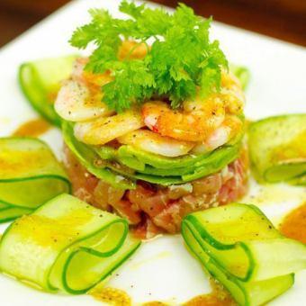 マグロとアボカドのオリエンタルタル 《Tuna & avocado oriental tartar》