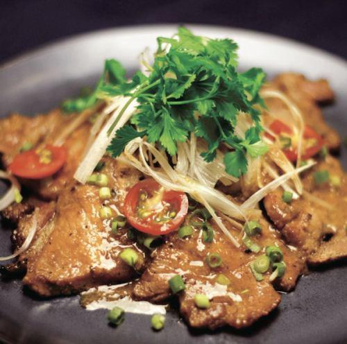 豚肉のタンドール焼き《Marinated tandori pork slice》