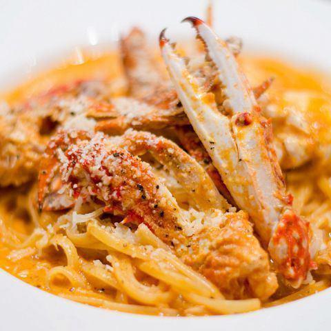 渡り蟹のトマトクリームソースリングイネ《Crab tomato cream sauce》