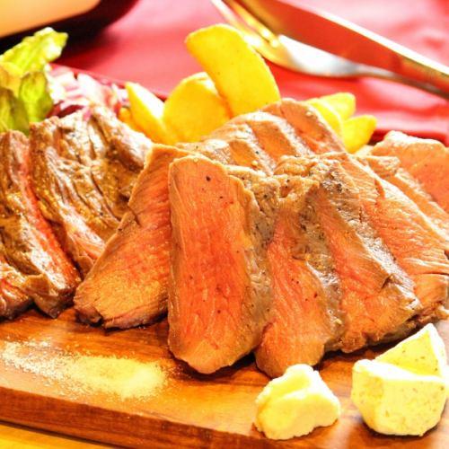 【950円】国産牛ステーキ 自家製ガーリックバター