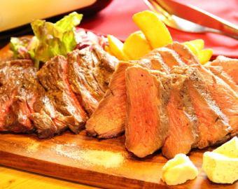 リブロースとハラミのステーキ盛り合わせ  ~岩塩,西洋わさび,自家製ガーリックバター添え~