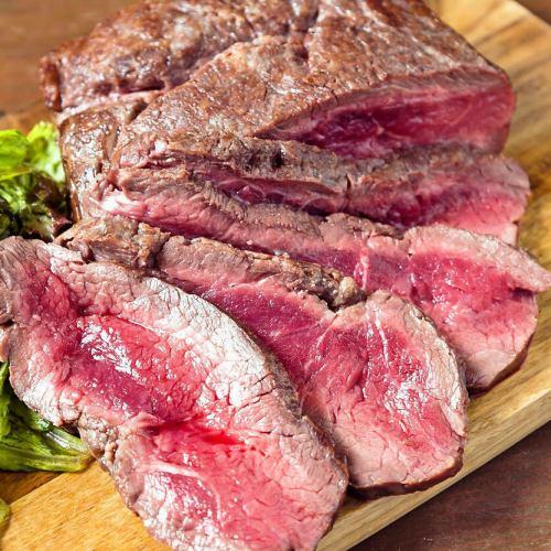 国産牛リブロースステーキ 200g/300g   ~岩塩,西洋わさび,自家製ガーリックバター~