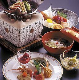 【Kaiseki cuisine to enjoy the season】 Four seasons sitting seats 4000 yen (all eight items)