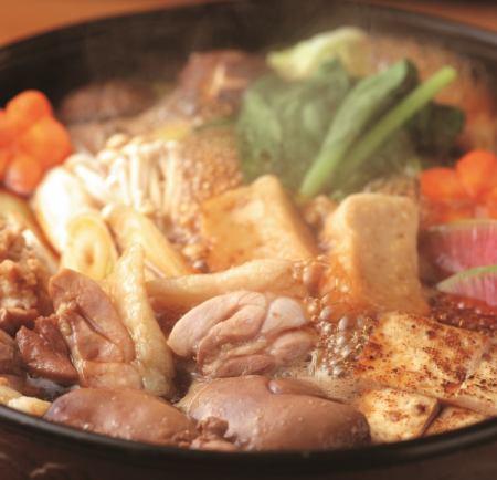 名古屋コーチンと鰻を中心にした和食店。各種宴会やご家族のお集まりも承ります。