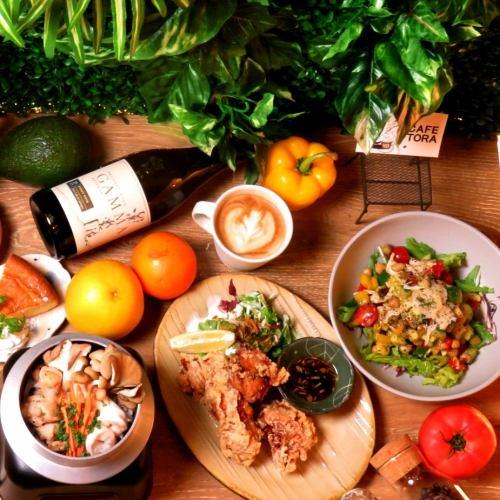 ◆ ◇ ◆ 점심 TIME 한정 ◆ ◇ ◆ [TORA 카페 런치 회] 120 분 소프트 드링크 음료 뷔페 포함 6 종 1980 엔