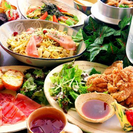 受欢迎的炸鸡☆【女子协会套餐】可选择和用餐甜点5项1980日元(不含税)