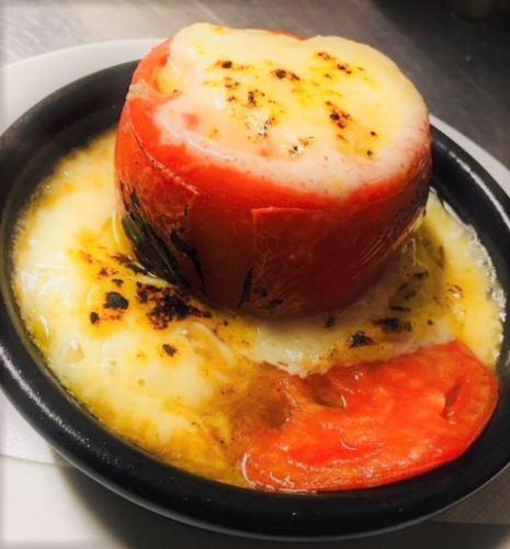 丸ごとトマトの焼きカプレーゼ (ディナーメニュー)