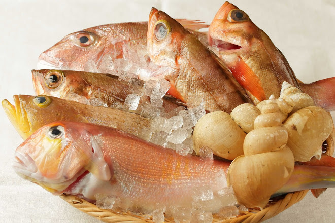 Fish is sent directly from the fishing port of Shimane prefecture.
