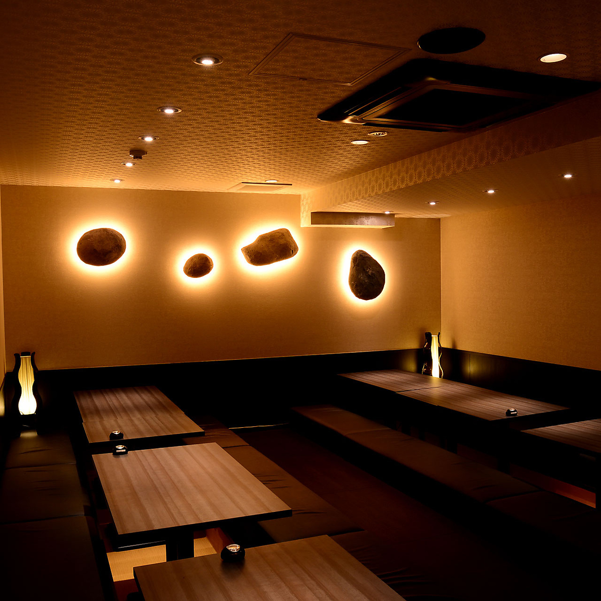 The atmosphere of calming atmosphere with indirect lighting can be up to 30 people OK ♪