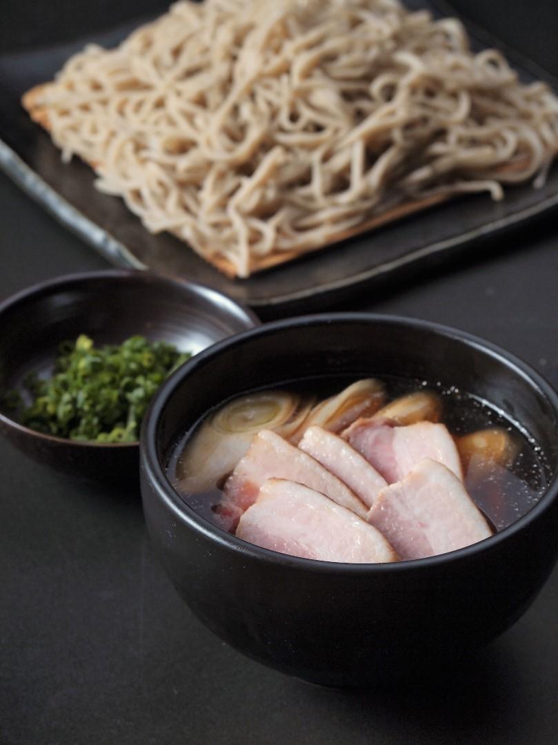 富士朝霧高原豚 豚のつけ汁蕎麦