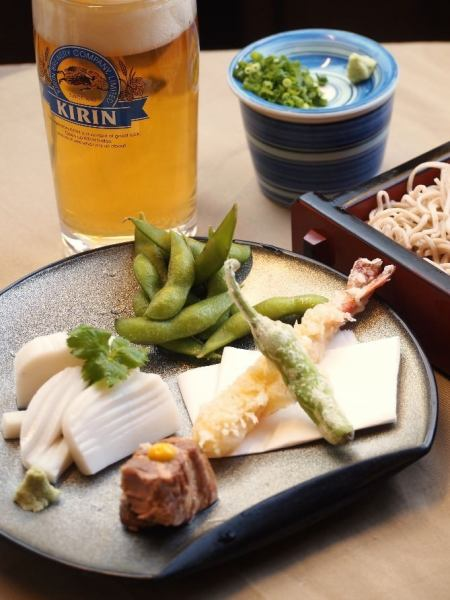 【A little sweet at a buckwheat restaurant】 4 kinds of appetizers and ♪ at your soba