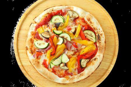 新鮮蔬菜豐富多彩比薩餅