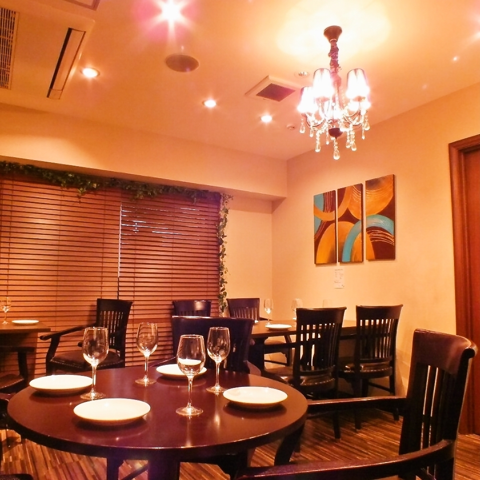 Private room ■ 10 to 16 people