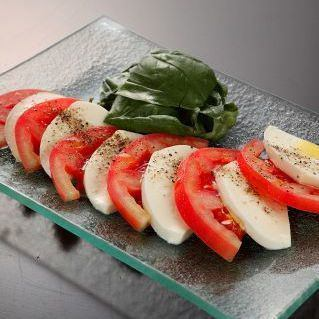 Caprese of fresh tomato and mozzarella