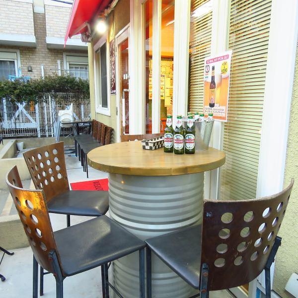 【~4名様】テラス席。アウトドア気分がぐっと高まるテラス席です☆開放的な空間で自然と会話も弾みます!