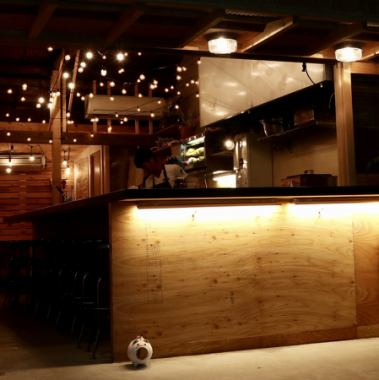 As a hideout · · As the favorite BAR · · · The second application which we stopped by like · · · The range of use is expanded! The regulars are good friends and the staff are also very friendly, so it is perfect for one person drink debut!