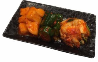 Assorted Kimchi 3 varieties