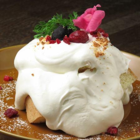 北海道産生クリームのシフォンケーキ