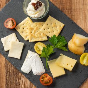 世界のチーズ5種盛り合わせ
