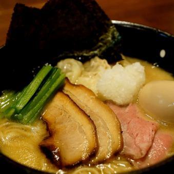 特製鶏白湯