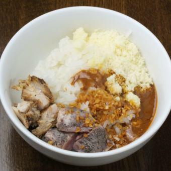 鶏白湯雑炊(単品220円、+ラーメンを付けるとセットで1000円)