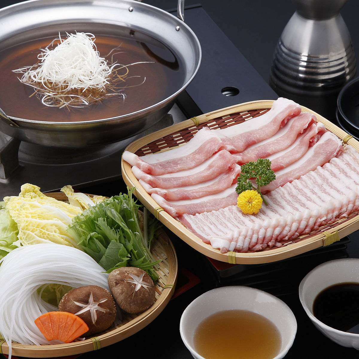 Louis Vuitt Pig Shabu-shaba 1 servings