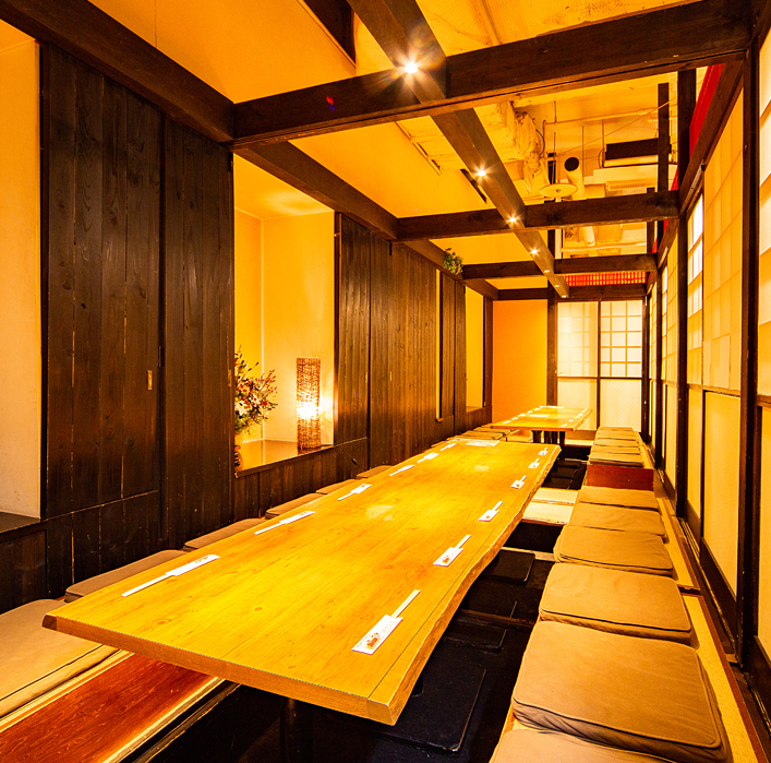 Private room in Japanese style with ethnic style inside!