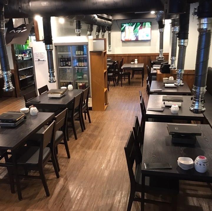 【桌子:4人〜】當你正在尋找韓國料理時·Yakiniku·Samgyeopsal·所有你可以吃的東西·所有你可以喝的飲料·新大久保的女童協會來一個特殊的課程,如水晶Samgyeopsal,Slash Makgeol女子協會等。請考慮Yakiniku Helan☆新大久保站5分鐘步行從大久保站步行8分鐘。