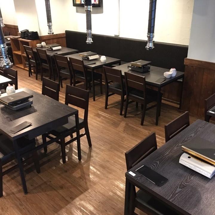 【餐桌座位:4人】當您正在尋找韓國料理時,Yakiniku,Samgyeopsal,所有你可以吃的東西·所有你可以喝的飲料·新大久保女子協會來一個特殊的課程,如水晶Samgyeopsal,Slash Makgeol女子協會請考慮Yakiniku Helan☆新大久保站5分鐘步行從大久保站步行8分鐘。