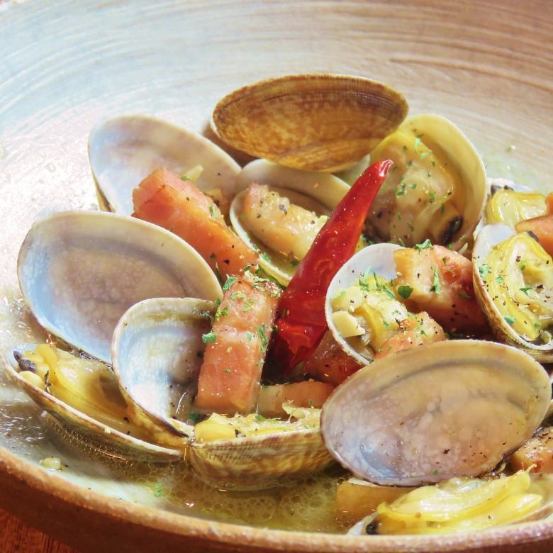 Steamed clam clam bourbon