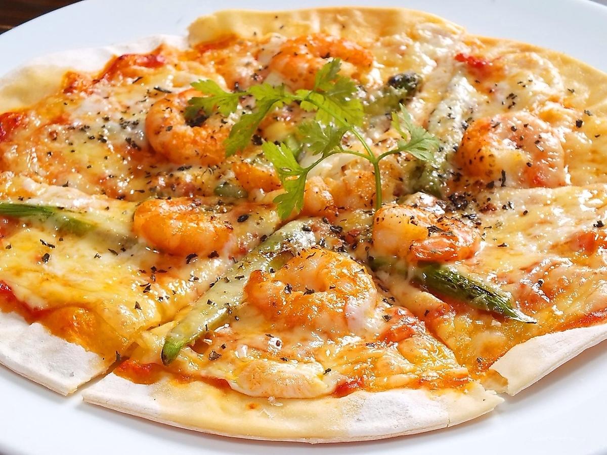 エビとモッツァレラのトマトソースPizza