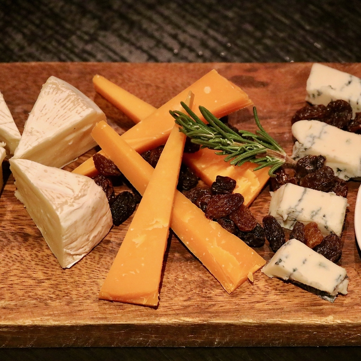 Assorted 3 kinds of cheese