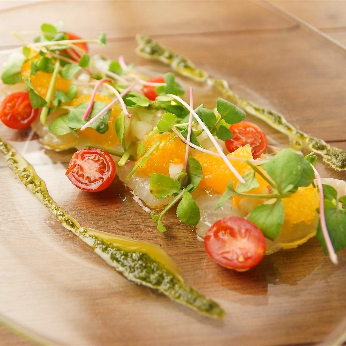 Seasonal fresh fish carpaccio Today's style